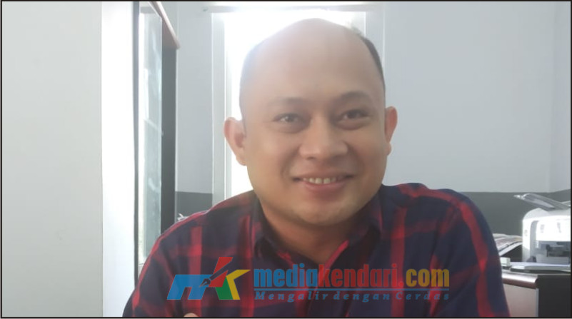 Branch manager PT. Finansia Multi Finance (Kredit Plus) cabang Kendari Muhadjar